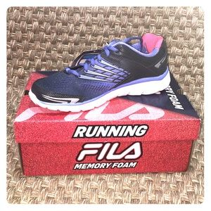 Fila running shoe - ladies size 9